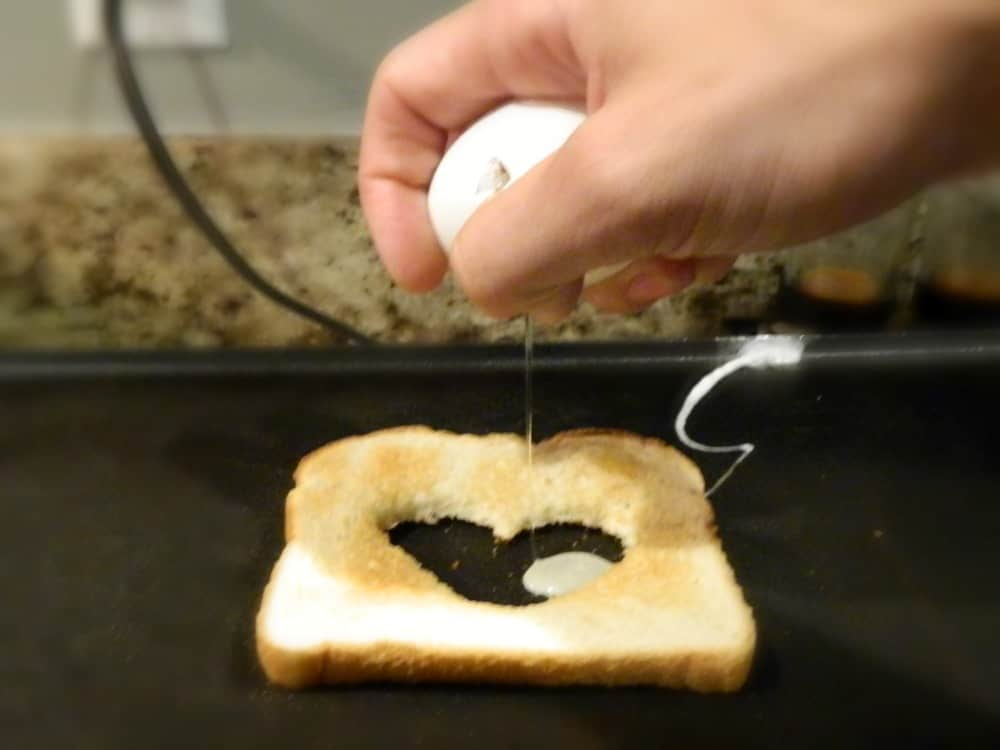 Simple Mother S Day Idea A Cute Spin On Breakfast In Bed
